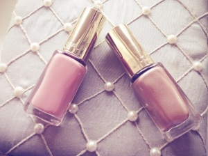 Review: L'Oréal's Colour Riche Nail Polishes